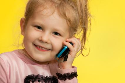 چه زمانی می توانم برای فرزندم گوشی موبایل بخرم