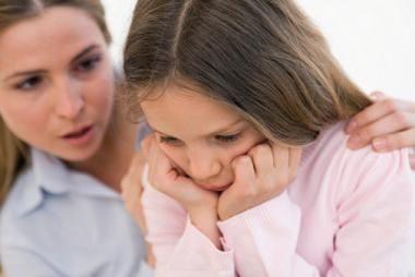 هشت راهنما برای والدین در رابطه با افسردگی نوجوانان