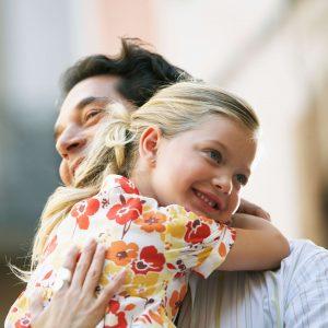 اثرات معجزه آسای در آغوش کشیدن کودکان