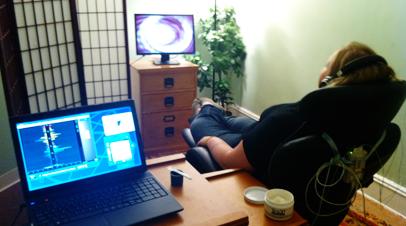 EEG-Neurofeedback  آیا نوروفیدبک برای اضطراب کار می کند؟