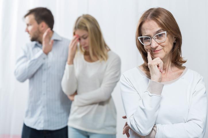 مخالفت شدید خانواده پسر با ازدواج